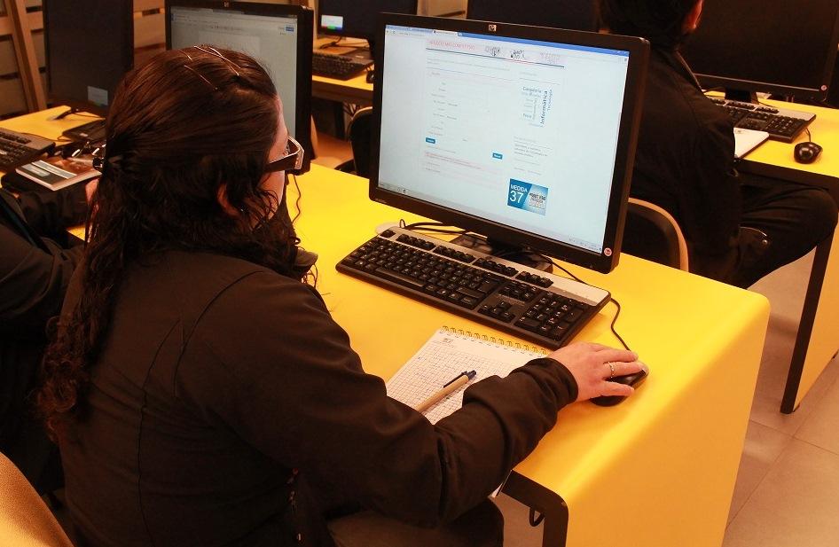 Investigadores y alumnos se capacitan en búsqueda y clasificación de patentes