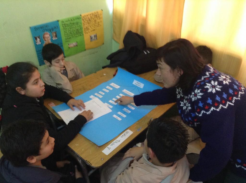 Escolares aprenden herramientas etnográficas para descubrir la ciudad