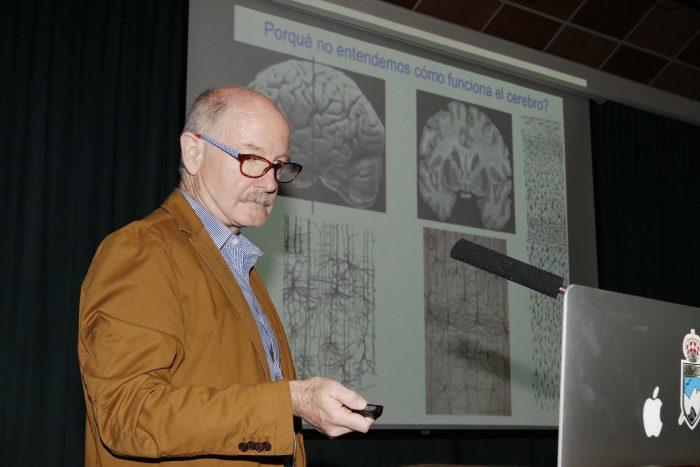 Académico creador de Proyecto BRAIN inaugura Cátedras del Futuro en Valparaíso